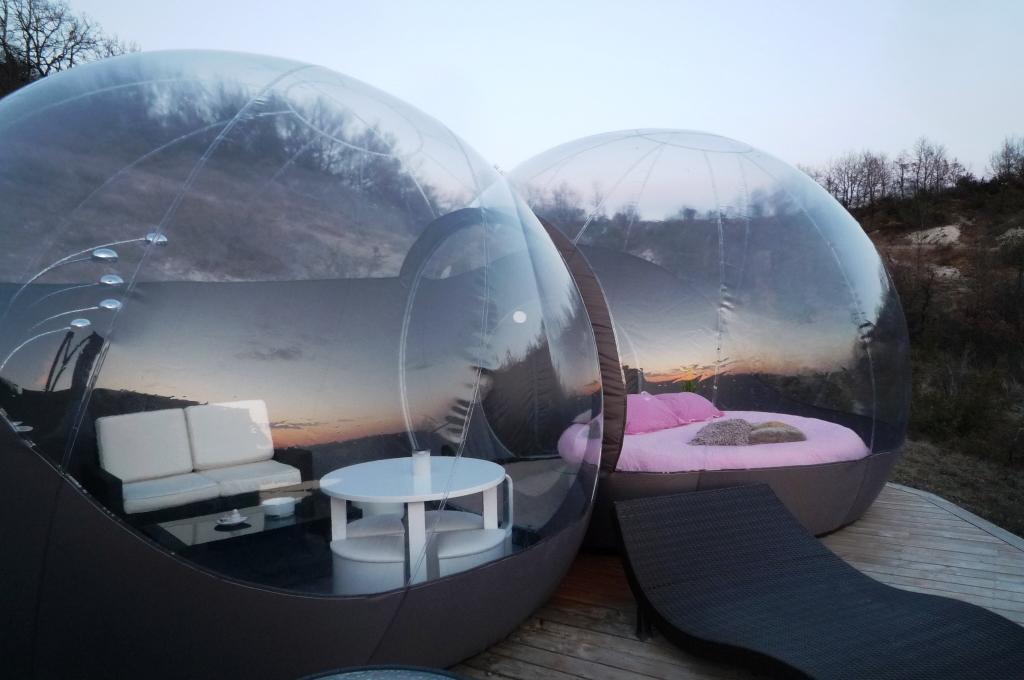 goutte d eau. Black Bedroom Furniture Sets. Home Design Ideas