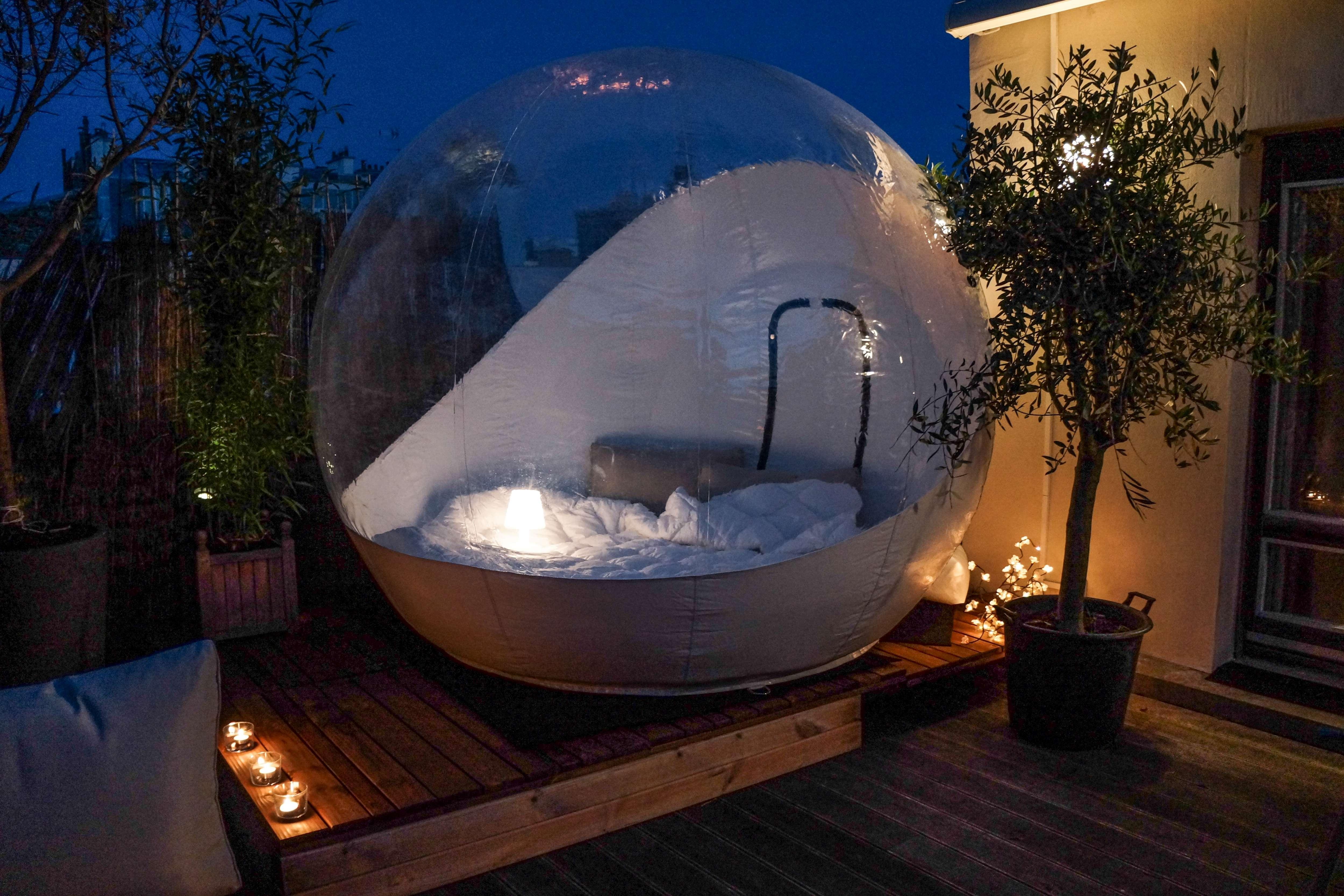 bubble suite parisle blog du tourisme insolite. Black Bedroom Furniture Sets. Home Design Ideas