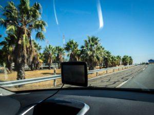 Notre GPS sous le soleil du Portugal! Crédit photo: Lydie Coste